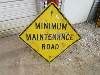MINIMUM MAINTENCE ROAD SIGN