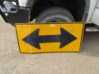 DEAD END ARROW SIGN