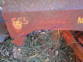 MASSEY  555 lP TRACTOR
