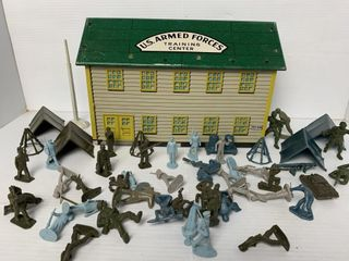 Marx US Armed Forces Training Center Tin Playset
