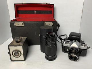 2   Vintage Cameras  lens  Case