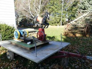 Magnet 3hp Engine w Carousel Horse