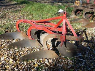 Massey Ferguson 3 Furrow Plow