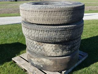 2 22 5 Truck Tires and 2 24 5 Truck Tires