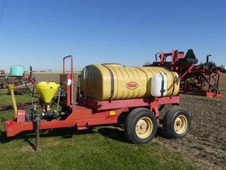 Vicon 500 Gallon Sprayer w 40ft Boom