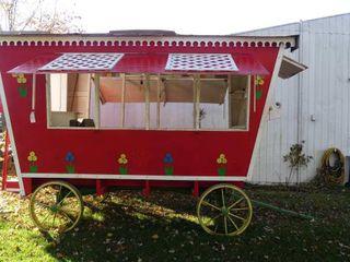 Replica Circus Wagon on Steel Wheel Wagon