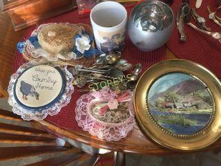 Collectors Spoons  Decor  Etc