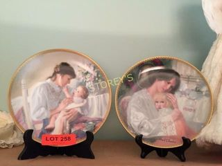 2 Mothers Collectors Plates