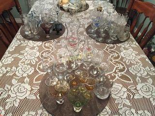 lG Qty of Asst Glassware