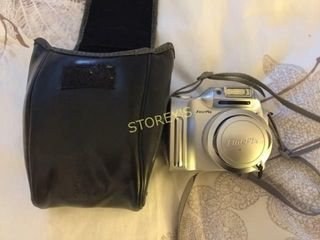 Fujifilm FinePix Camera w  Bag