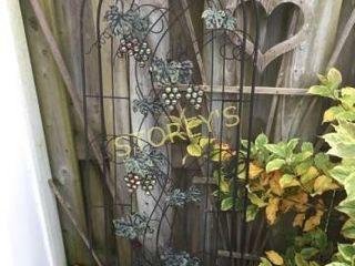 2 Garden Decor Pieces