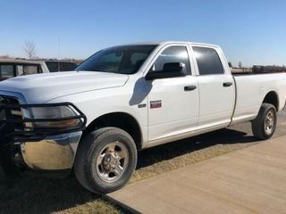 2011 Dodge crew cab long bed  4x4