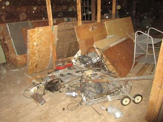 lOT  WOOD  RACK  WIRE  MISC