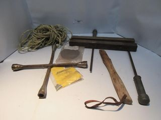 lOT  TIRE IRON  ROPE  MISC