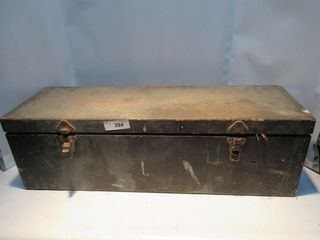 lARGE WOOD TOOlBOX W  CONTENTS