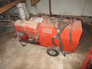 531 lINCOlN GAS ARC WElDER W  CABlES