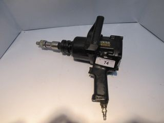 CENTRAl PNEUMATIC AIR 1  IMPACT WRENCH