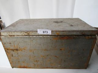 METAl BOX W  CONTENTS