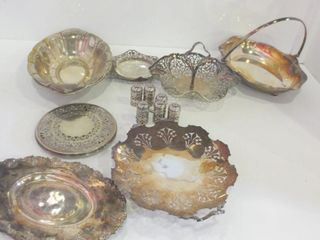 SIlVER PlATE SERVING DISHES  SAlT AND PEPPER