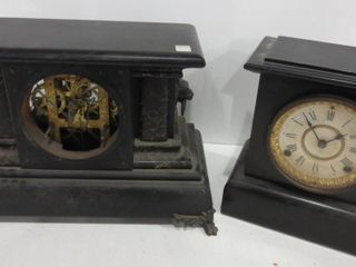 MANTlE ClOCK AND ClOCK CASE  FACE MISSING