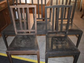 5 DINING ROOM CHAIRS  18  X 15 5  X 36