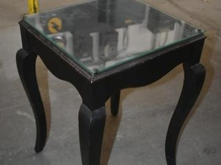 BOMBAY SIDE TABlE  14  X 15  X 21 5