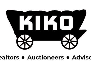 County Auction � December Consignment � Tractors � Trucks