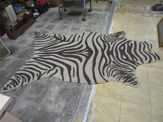 Home Decorators Collection Animal Print 5 x 7ft Rug
