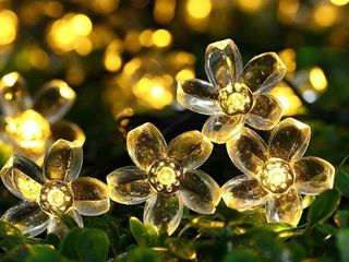 22 96ft 50 lED Solar Fairy Blossom Flower for Outdoor lights   Medium RETAIl 14 99