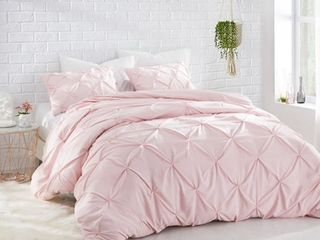 BYB Rose Quartz Pin Tuck Comforter Retail 82 49 FUll QUEEN