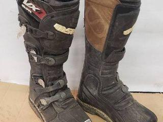 MSR Moto Boots Size 9 Mens