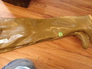 HIP WADERS SIZE 5