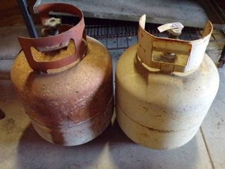 2 PROPANE BOTTlES   ESTIMATED TO BE AlMOST FUll