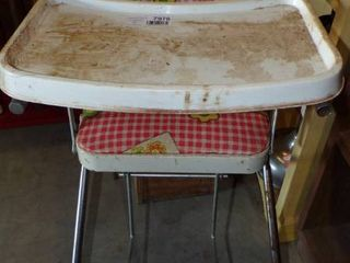OlD STYlE HIGH CHAIR