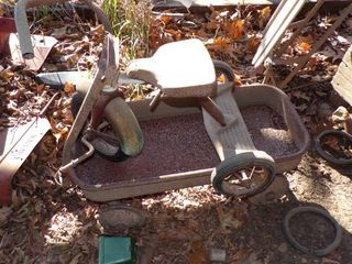 TRICYClE AND WAGON