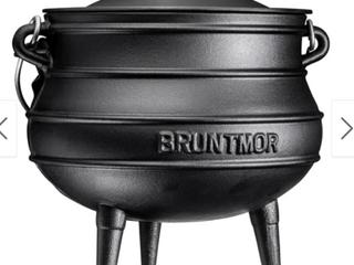 African Potjie Cauldron Pot   Cast Iron