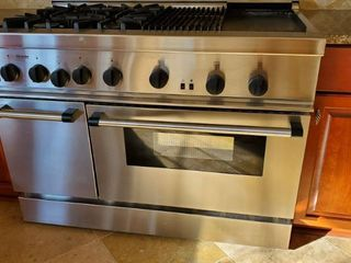 Thermador Professional 6 Burner Gas Stove  Oven  Grill And Griddle