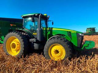 2014 JD 8360R  Prem  IVT  IlS  480 80R50 Rear Tires  420 85R34 Front Tires  2950 Hrs
