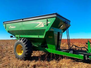 2010 Demco 850 Grain Cart  30 5l 32 Tires