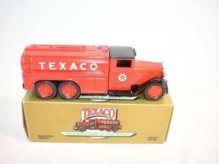 ERTl Texaco 1930 Diamond Fuel Tanker