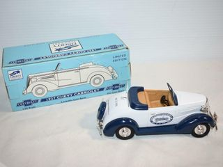 lIBERTY Die Cast 1937 Chevy Cabriolet Bank