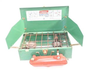 Coleman Stove   tested and works
