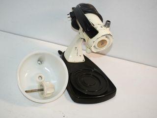 Sunbeam Mixer   Juicer  works missing beaters
