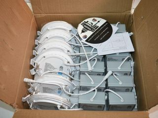 Box of  12  Slim lED Panel lights with Power