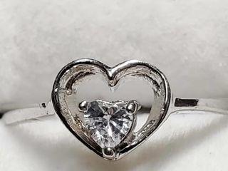 Silver Cubic Zirconia Ring  Size 6 5   EC25 27