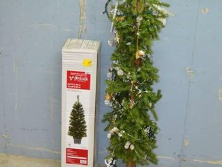 2  Small Artificial Trees