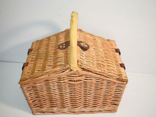 Picnic Time Wicker Picnic Basket with Contents