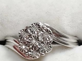 Silver 7Small Diamond Ring  Size 7   EC25 49