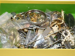 Unsorted Estate Jewelry
