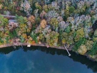 42 Acres on Smith Lake